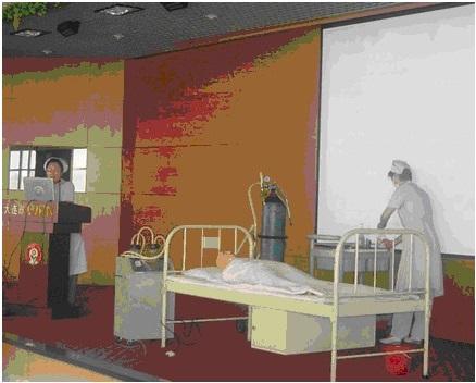 我会护理部对全会护理人员进行三基三严培训